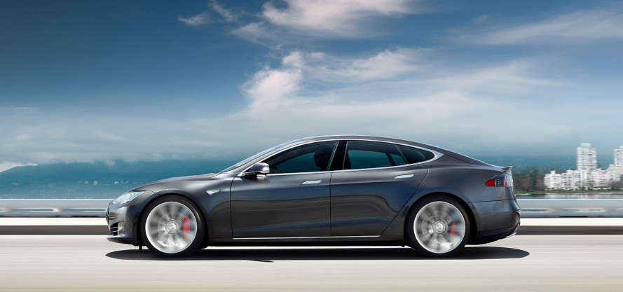 Tesla-model-S-august-announcement-889x417
