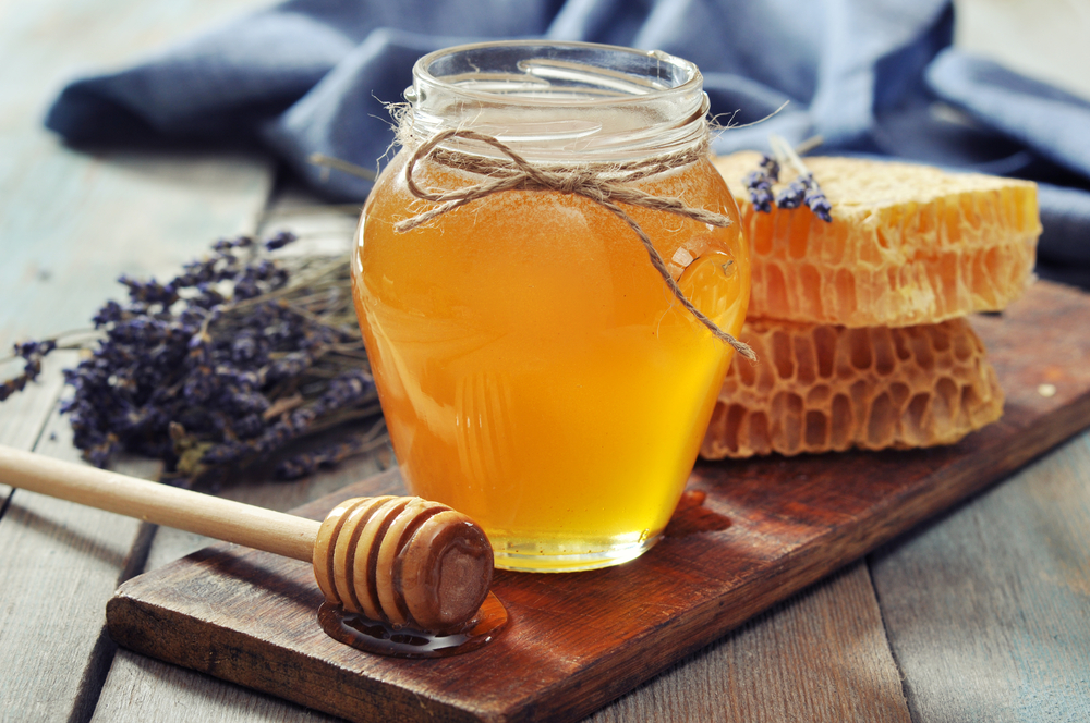 Vine-Vera-Ingredients-to-Soothe-Shaving-Maladies-Honey
