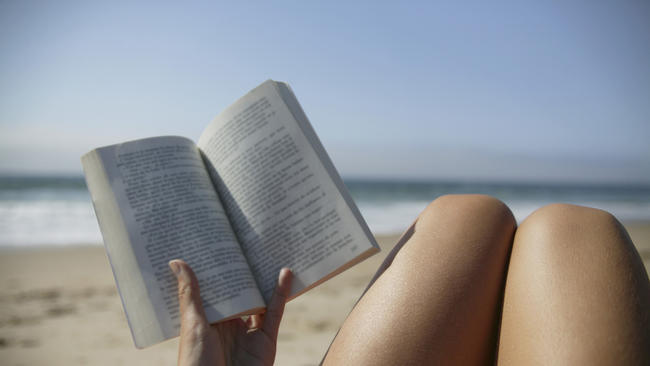 ct-prj-beach-reading