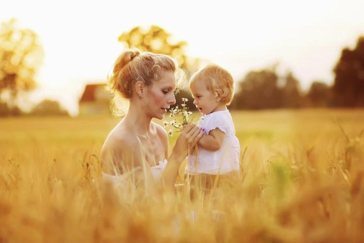 En mutlu anne eko-anne