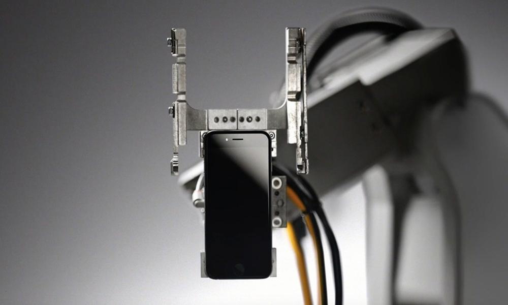 Apple'ın geri dönüşüm robotu Liam ile tanışın