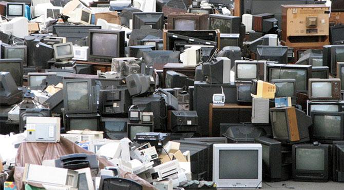 Elektronik Atıklar Çöp Değildir!