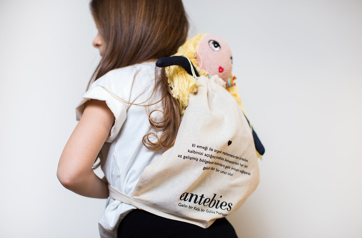 Çevreye duyarlı Antebies'in sosyal sorumluluk projesi ile gelin bir gülüş paylaşalım