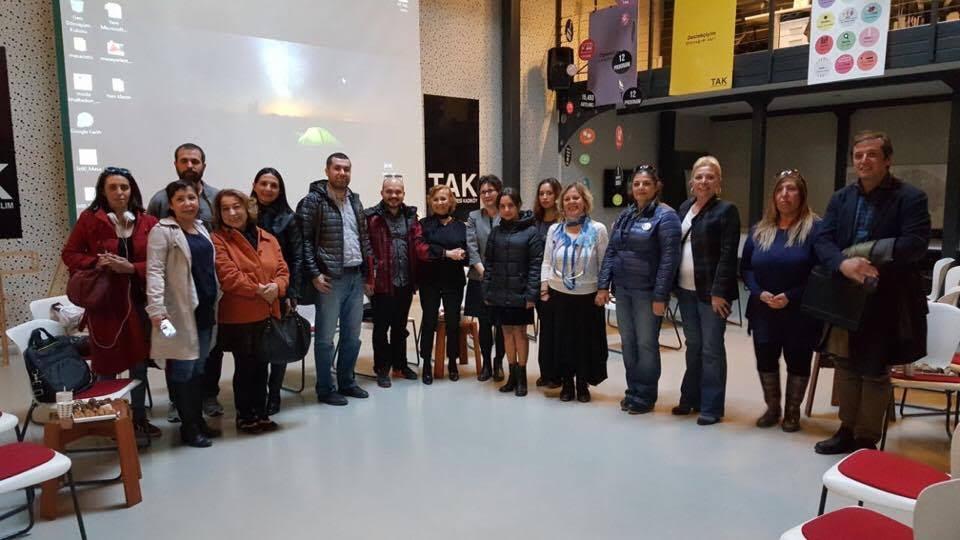 Türcülük ve cinsiyetçilikten uzak bir yaşam için: Kadıköy Hayvan Hakları Çalışma Grubu kuruldu!
