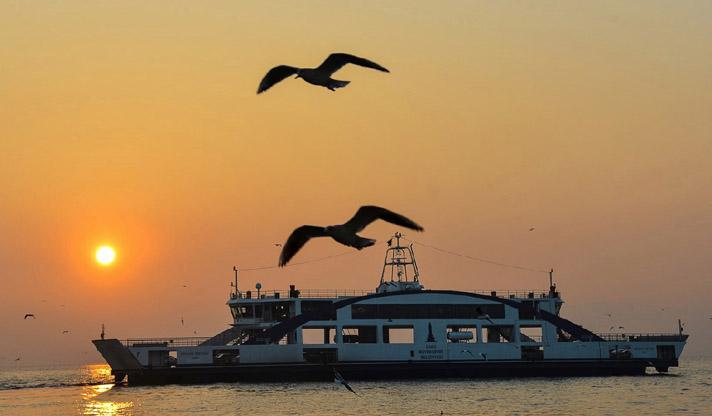 Akdeniz'in yıldızı: İzmir 17 kentin katıldığı yarışmada çevre dostu şehir ödülünün sahibi oldu