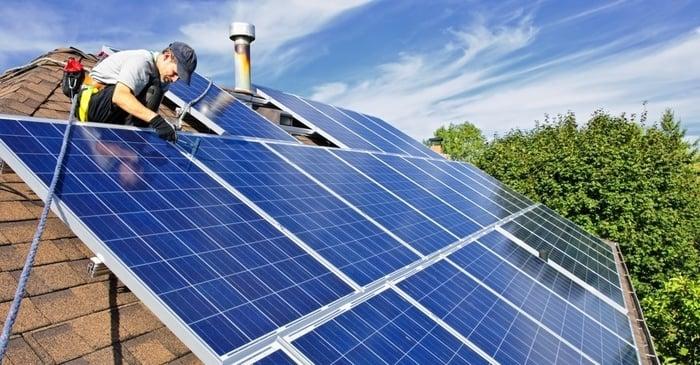 Teşviklerle beraber çatıda elektrik üretimi Türkiye'nin enerji faturasını yüzde 5 hafifletebilir