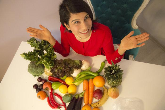 Veganlıkla ilgili merak edilen her şeyi vegan diyetisyen Kevser Başkara'ya sorduk