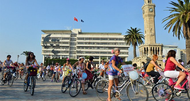 İzmir, ikinci el bisiklet pazarına kavuşuyor
