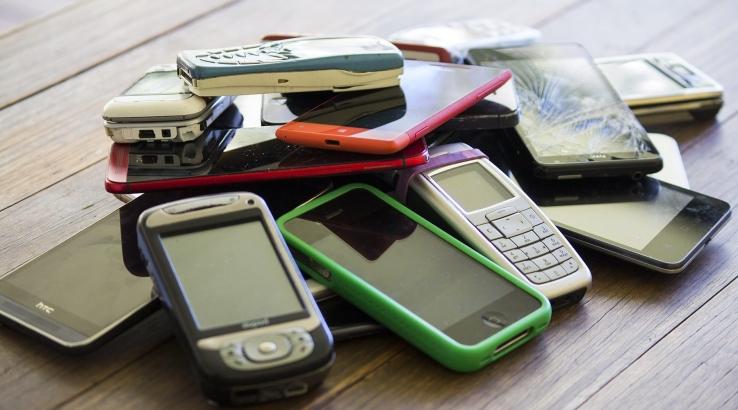 Eski cep telefonunuzu bağışlayarak bir çocuğun bilgisayar ihtiyacının giderilmesine katkıda bulunun
