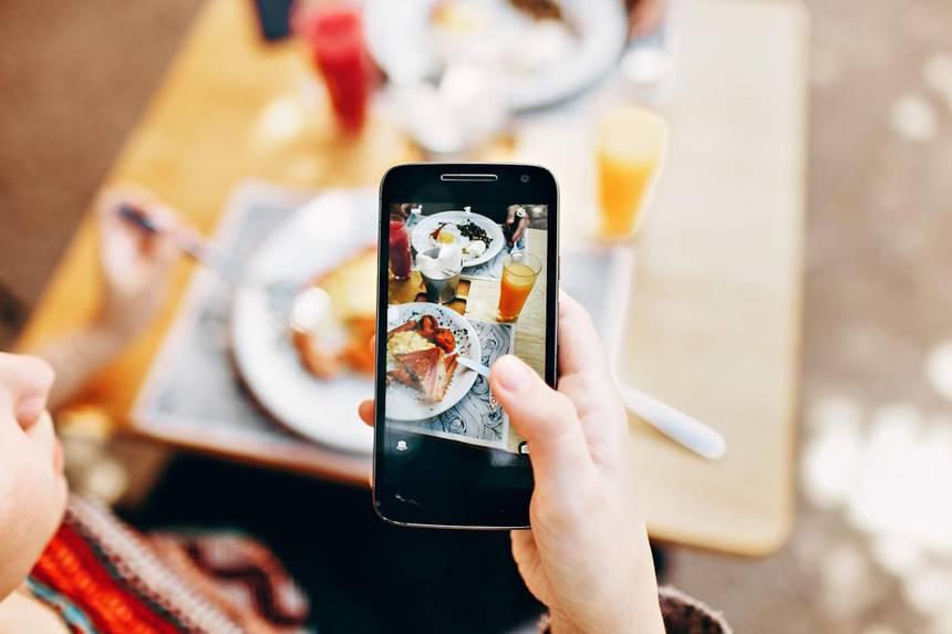 Sosyal medya, tükettiğimiz gıdaları etkiliyor