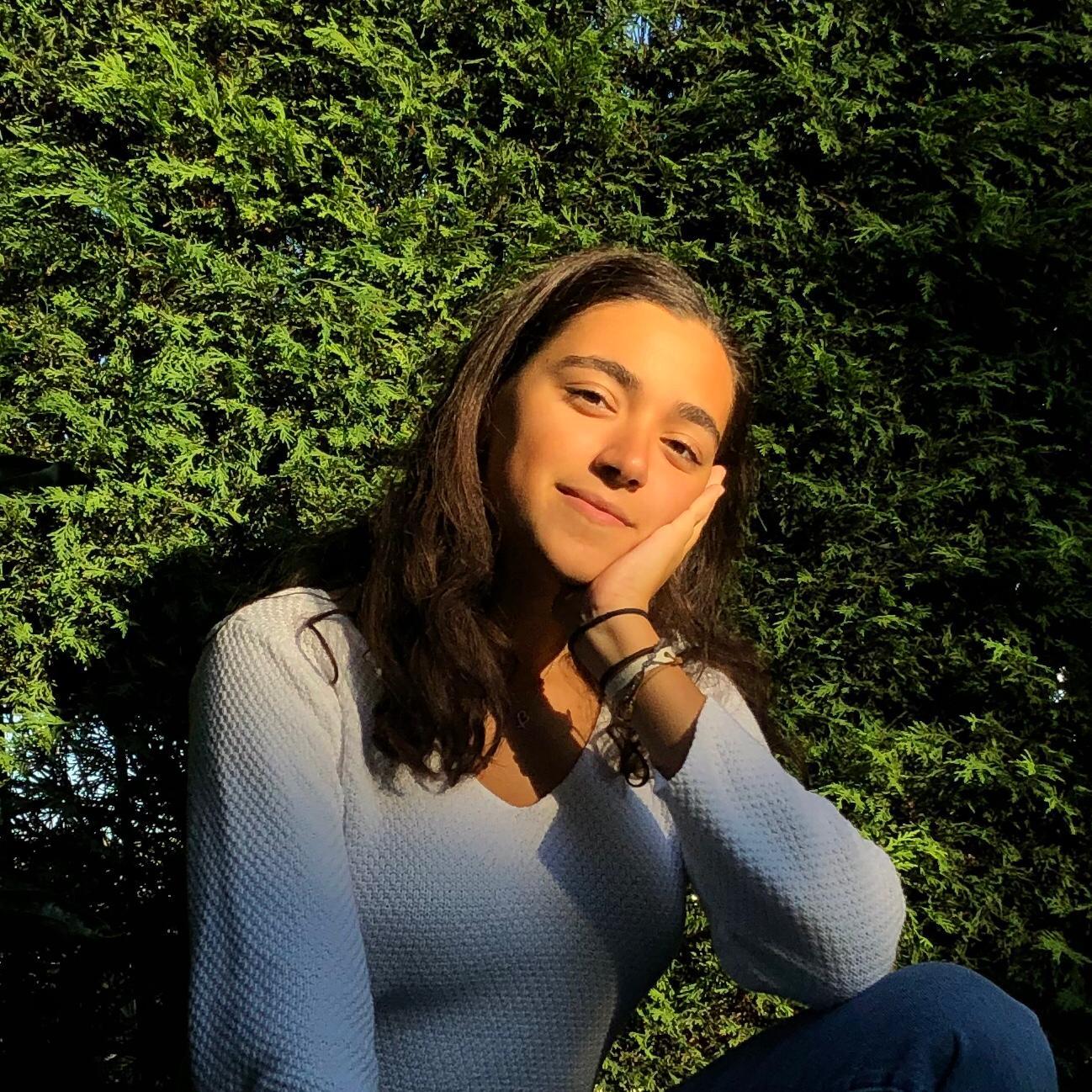 Emine Taha