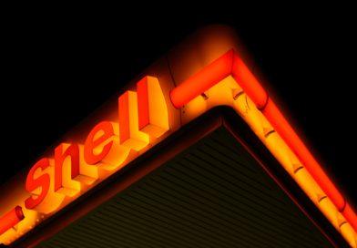 Petrol devi davayı kaybetti, Shell karbon emisyonlarını yüzde 45 düşürmekle yükümlü